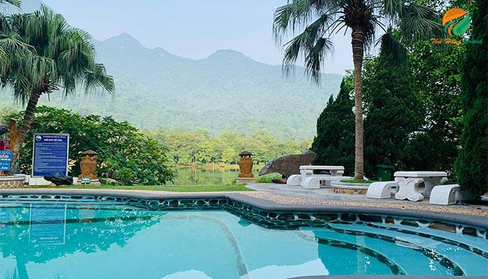 Bể bơi khu Ngoạn Sơn