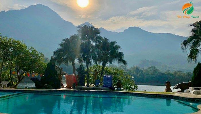 Bể bơi Resort Thiên Sơn Ba Vì