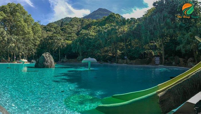 Bể bơi khu trung sơn ở Thiên Sơn Suối Ngà