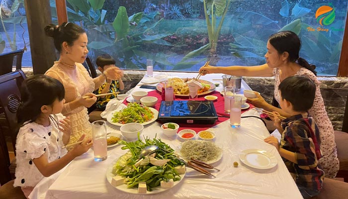 Dịch vụ ăn uống tại khu du lịch