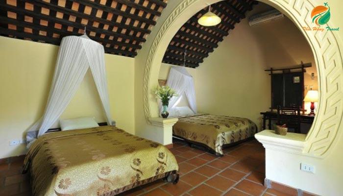 Phòng xóm nhà cổ ở khu Tản Đà Resort Ba Vì