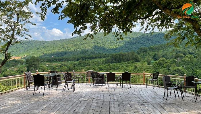 Sảnh cà phê trên núi