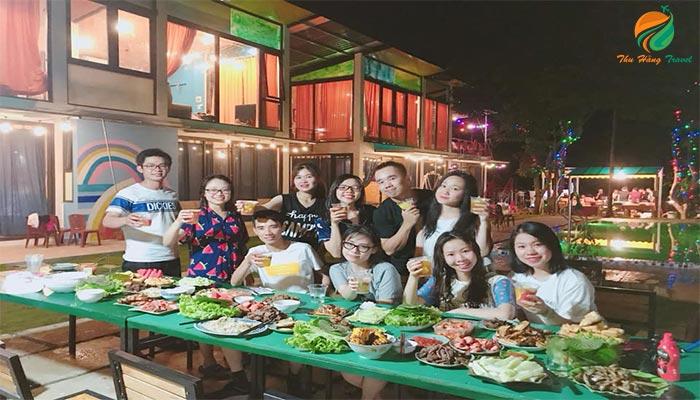 Tổ chức chức tiệc nướng BBQ ngoài trời