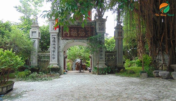 Cổng làng mang đậm dấu ấn Bắc Bộ