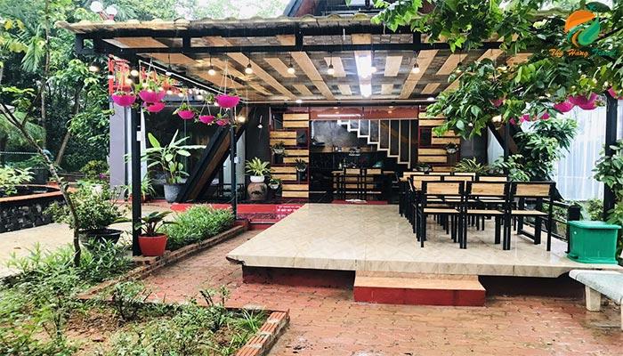Địa điểm ăn ngoài trời ở Mit Hilltop