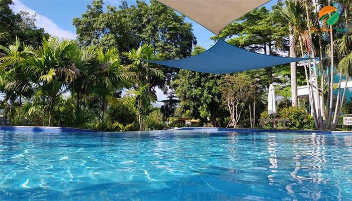 Bể bơi khoáng ở Tản Đà Spa Resort
