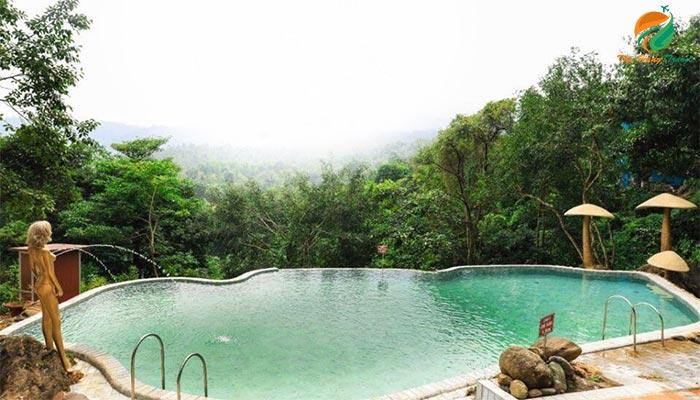 Bể bơi vô cực ở Paragon Resort - Resort gần Hà Nội