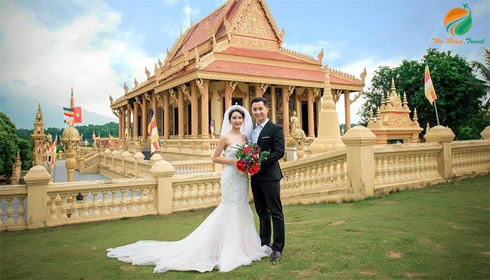 Làng văn hóa địa điểm trong top 10 điểm chụp ảnh cưới ở Ba Vì