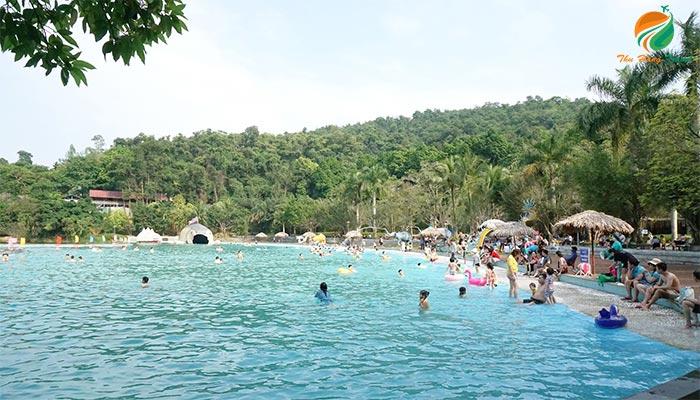 bể bơi tạo sóng sử dụng trong Tour 1 ngày Khoang Xanh Ba Vì