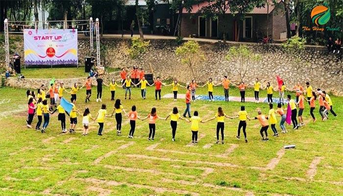 Tham gia các trò chơi team building hấp dẫn ở Sơn Tinh Camp